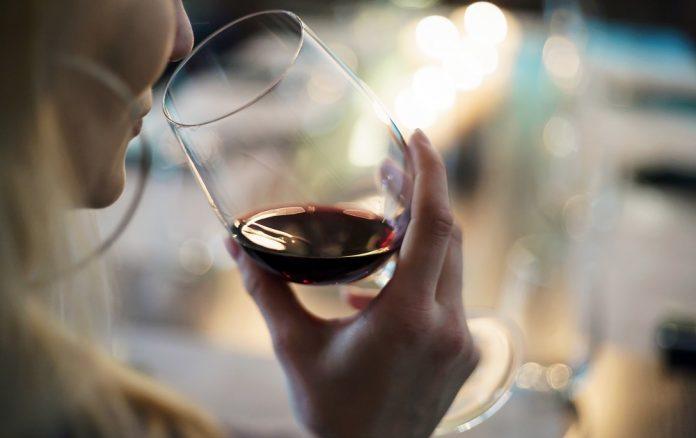 el vino es saludable o no