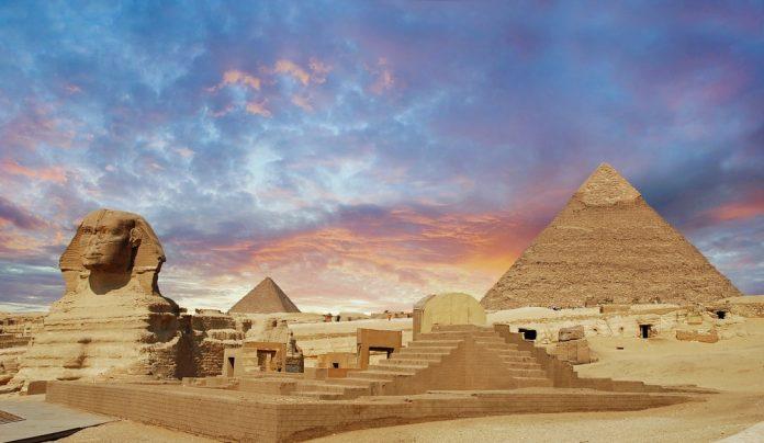 imagen de las pirámides de egipto